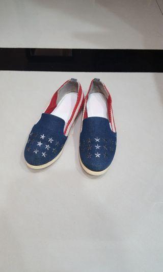 🚚 NUOVO 星星鉚釘懶人鞋