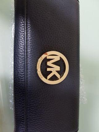 Michael kor wallet
