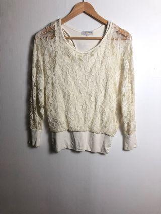 lace blouse cache