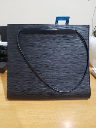 Preloved LV Saint Tropez Epi Leather Bag 2001
