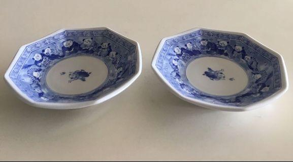 Japanese plates (set of 2)
