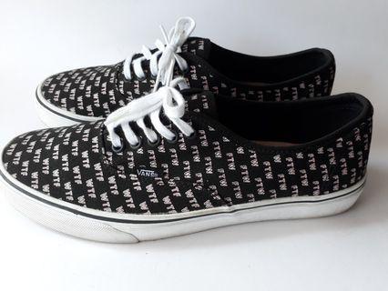a8cba1904cfc5e vans shoes original
