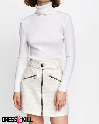 White zip belted tweed skirt