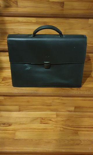 🚚 Authentic Black Colour Leather Braun Buffel Suitcase