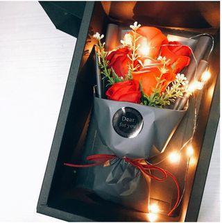 燈泡玫瑰花🌹