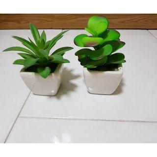 Artificial potted mini plant