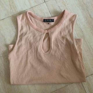 Lowcut Pink Top