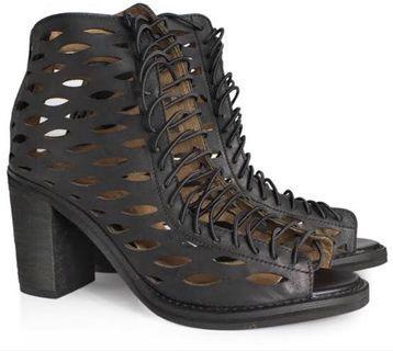 Jeffrey Campbell Cors Slash lace up heels