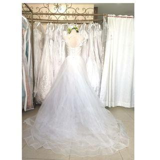 Wedding gown, Bridal gown