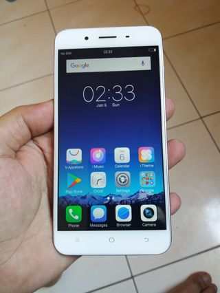 VIVO V9 LIKE NEW 4GB 64GB NO NEGO NETT dun ask last pricd, Mobile