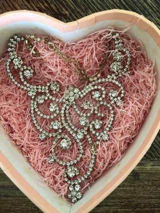 🚚 Wedding / prom necklace #EndgameYourExcess