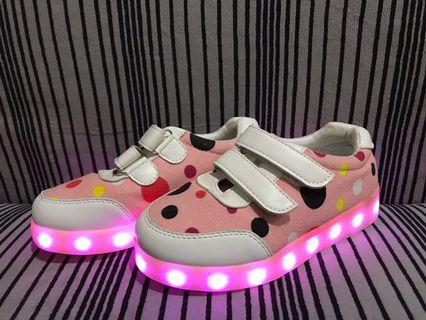 Lighting Shoes (with charging cable)