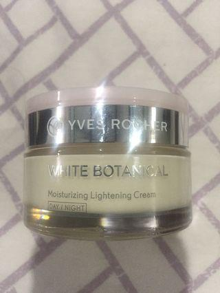 Yves Rocher white Botanical Cream