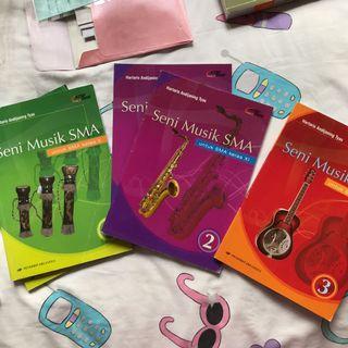 buku seni musik