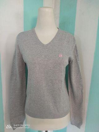 Sweater abu