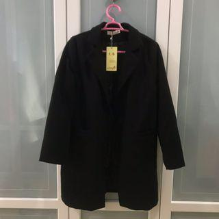 BNWT black wool outer (spring/ autumn coat)