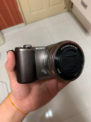 Sony A5100 Almost New
