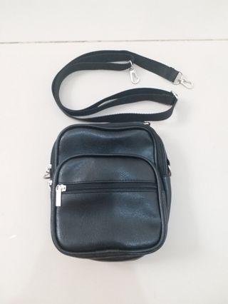 Sling Bag Black Leather