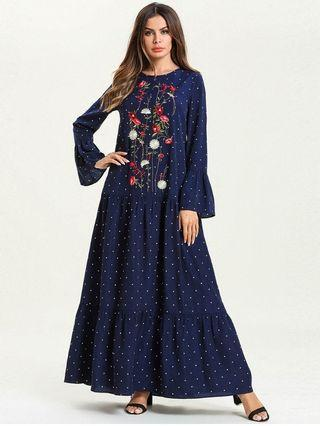 Muslim Turkish Style Embroidery Flare Dress