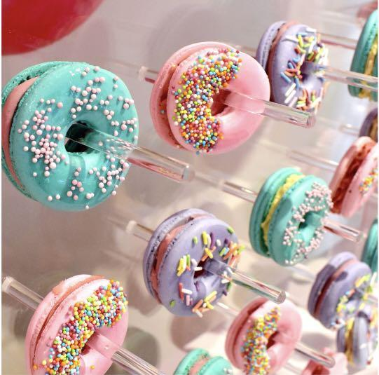 13 pcs White Cake Stand/ Donut Wall AVAILABLE FOR RENT
