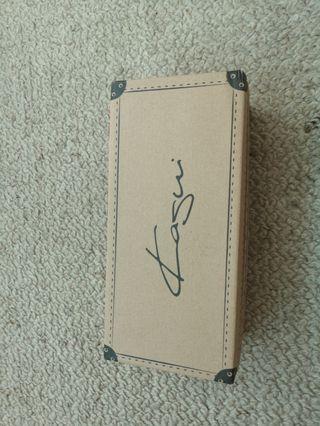 (NEW) Beige Kagui wedge shoes