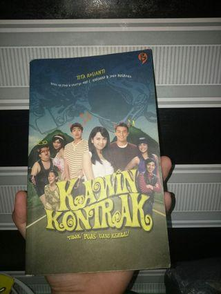 Novel Kawin kontrak
