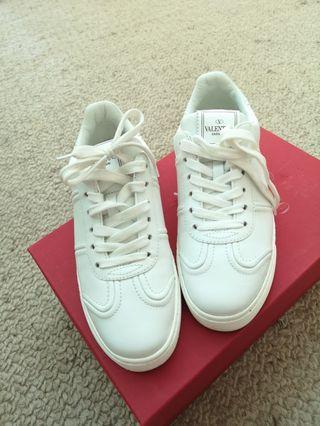 ❤️Valentino flycrew sneakers