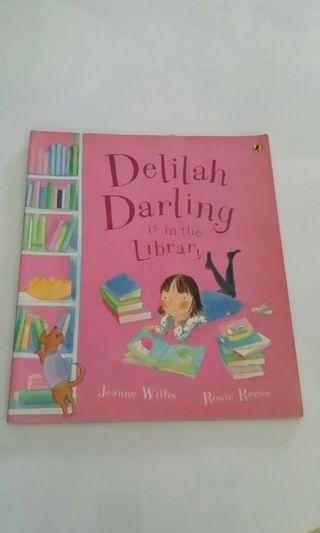🚚 Delilah Darling is in the Library