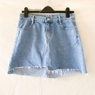 Uneven Denim Skirt (Mid Wash) Icecream12