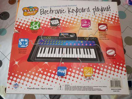 🚚 Electronic keyboard playmat