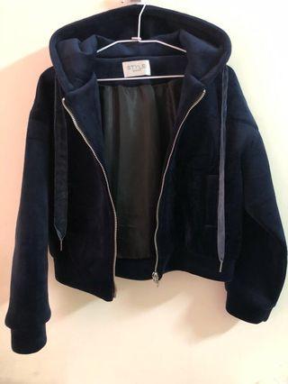 🚚 深藍色太空棉短版外套