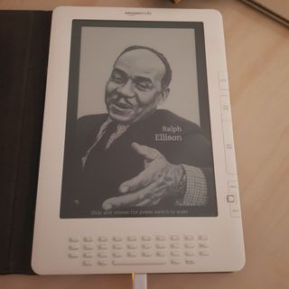 Kindle basic 7th Gen, Mobile Phones & Tablets, Tablets on