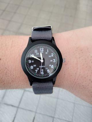 Used Clear Cheap: Military Style Watch 36mm - Grey Strap