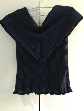 Pleated Sabrina Top (Navy Blue)
