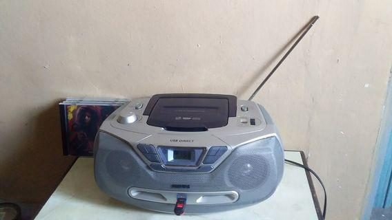 Philips Az-1830 cd/usb/radio player