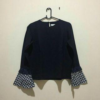 Cottonink navy blouse
