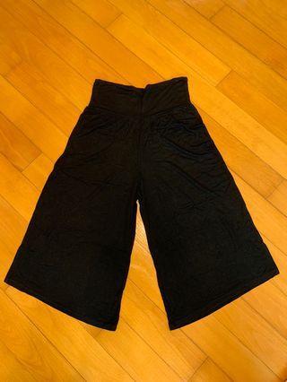 Black jersey cropped pants 針織四骨褲
