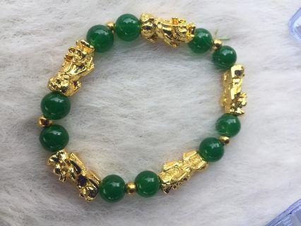 Jade pichu bracelet