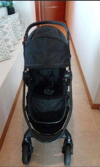Baby Jogger // City Versa worth $1,000