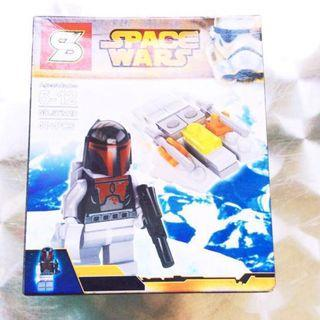 Space Wars Lego-Inspired Set (D).