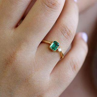 #01 Custom Making Ideas> 2.53 Natural Emerald w/10 Pointer Diamond E/F VS Grade on 18k Gold.Simple and elegance. PM for details and quote.