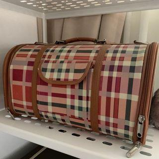 Free Cat Carry Kennel / Box / Bag