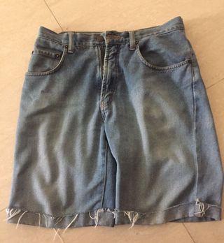 🚚 Giordano Denim Shorts, size 30! Used!