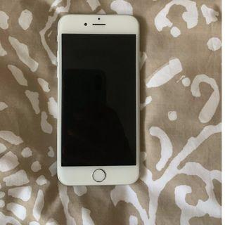 iPhone 6 64gb silver- screen needs replacing
