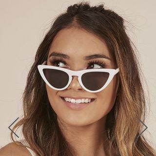 Hard to Handle white sunglasses showpo