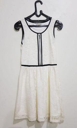 White Dress Cache Cache