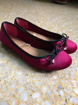 Flat Shoes: Ruby Colour