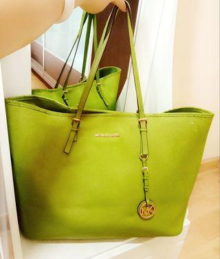 Authentic Michael Kors Jet Set Tote In Lime Green #EST50