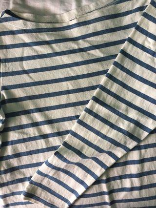 🚚 blue and white striped top