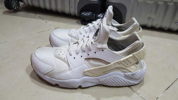 Nike Air Huarache UK8/EUR42.5